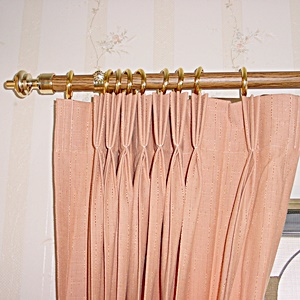 curtain_rod_1
