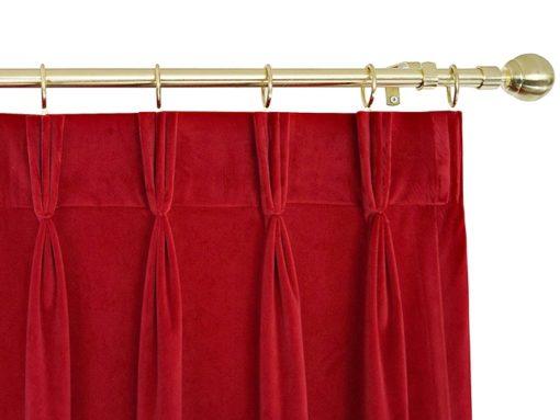 ผ้าม่านกำมะหยี่สีแดง